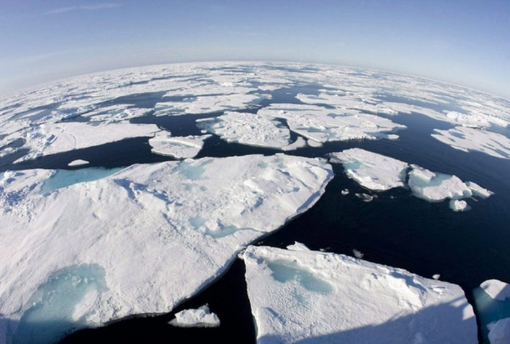 Sea levels are expected to rise by as much as 2.5 metres by the end of the century, and will start to rise more quickly as ice sheets melt. Photo by Canadian Press