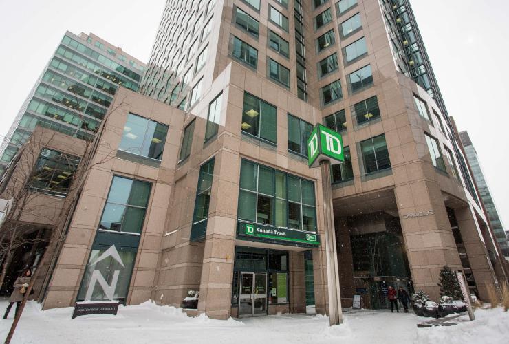 TD Bank, Ottawa, winter, March