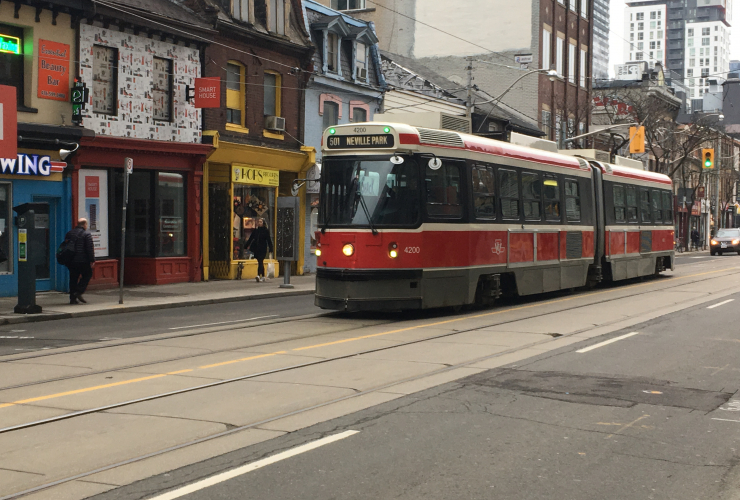 Street car, TTC, Toronto, public transit, Canada, Budget 2017