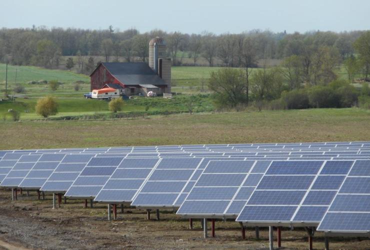 solar, little creek, Bluearth Renewables
