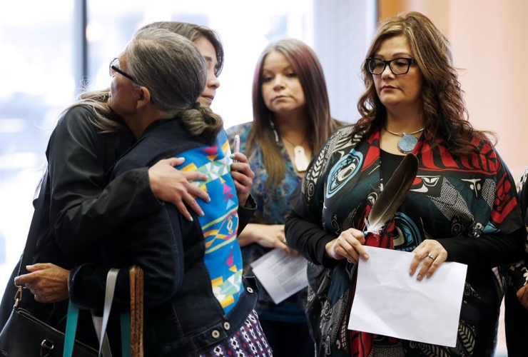 Family members,  National Inquiry, MMIWG, Winnipeg, Missing and Murdered Indigenous Women and Girls