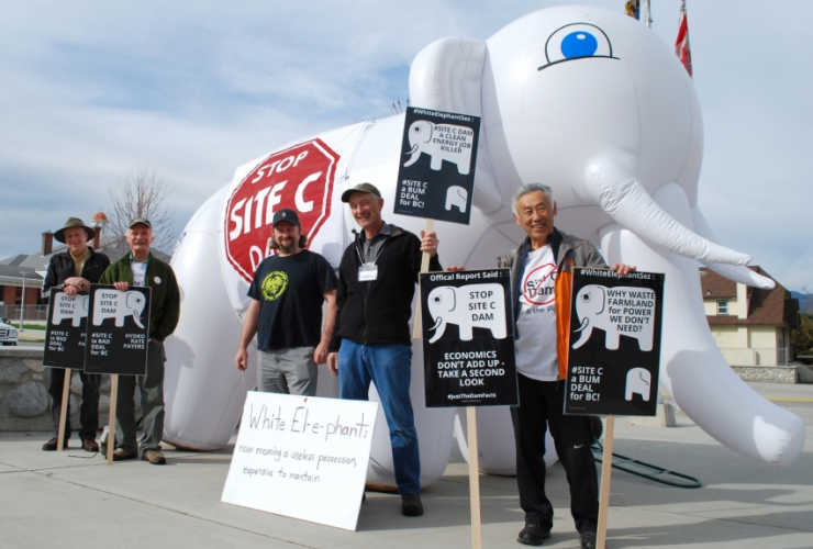 Site C - for critics, the inflatable white elephant symbolizes the foolishness of this project to critics - Vancouver Observer