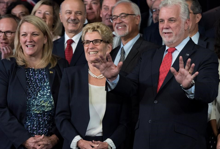 Philippe Couillard, Kathleen Wynne, Lise Theriault, joint cabinet meeting, Quebec, Ontario, Quebec City,