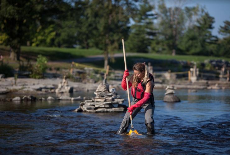 Raegan Mallison, Living Lakes Canada, benthic invertebrates, Ottawa River, eDNA
