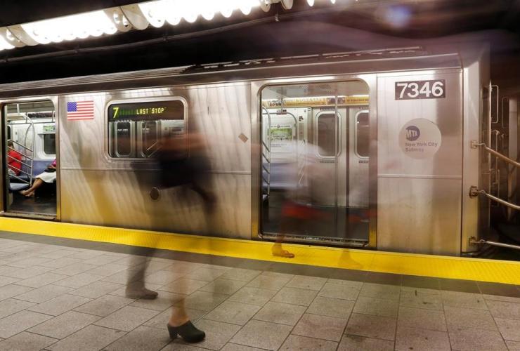 People, subway platform, New York,