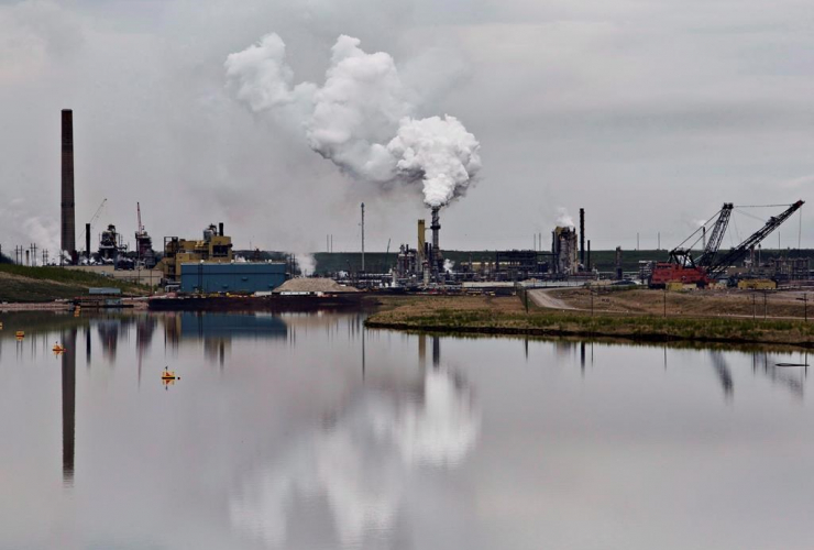 Syncrude, oil sands, tailings pond, Fort McMurray,