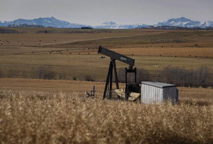 de-commissioned, pumpjack, oil and gas installation, Cremona, Alta.,