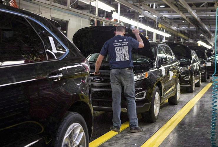 New Ford Edges, production line, Ford Motor Company, Ford Edge, Ford Assembly Plant, Oakville,