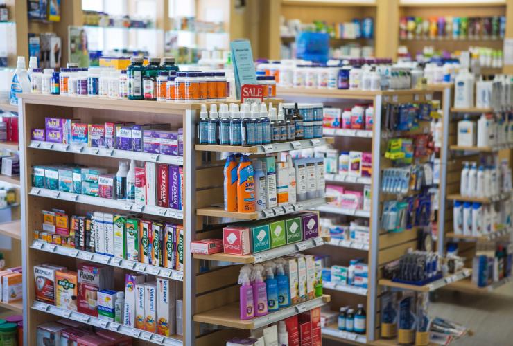 pharmacy, Kris Krug