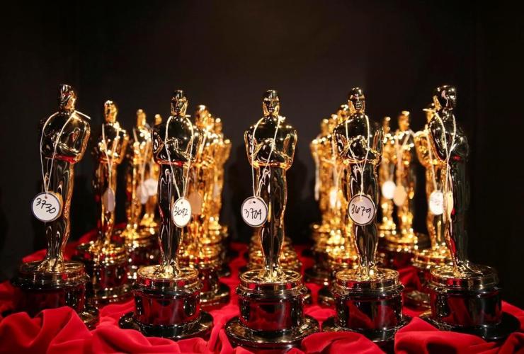 Oscar statues, Oscars, Los Angeles