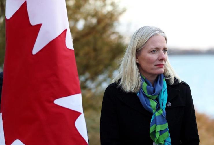 Environment Minister Catherine McKenna, Lake Ontario, Toronto,