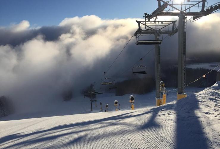 ski hills, Mount St. Louis Moonstone,