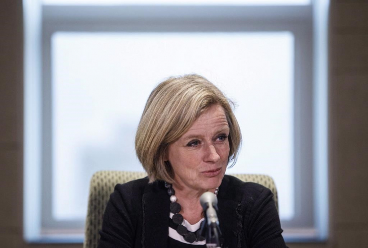Rachel Notley, oilsands, pipelines, Kinder Morgan, British Columbia, wine