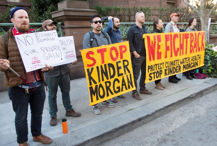 Protesters, demonstrate, hotel, Prime Minister Justin Trudeau, meeting, California Lt. Governor, Gavin Newsom,