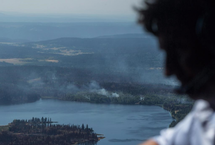 Prime Minister Justin Trudeau, wildfire, aerial tour, Canadian Forces Chinook helicopter, Williams Lake,