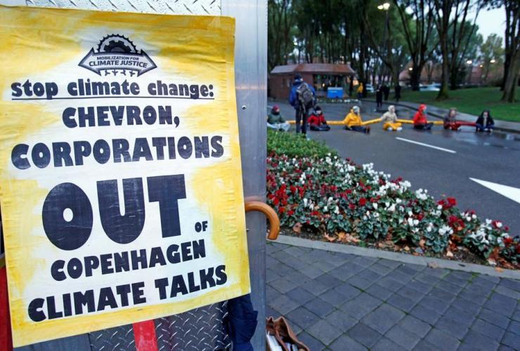 demonstrators, block, entrance, Chevron Corp., San Ramon, Calif,