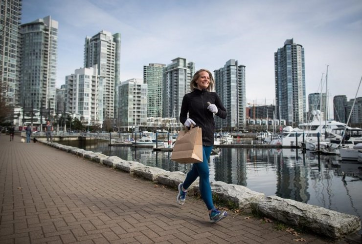 Melanie Knight, litter, jogging, False Creek seawall, fitness trend, Sweden, plogging, Vancouver,