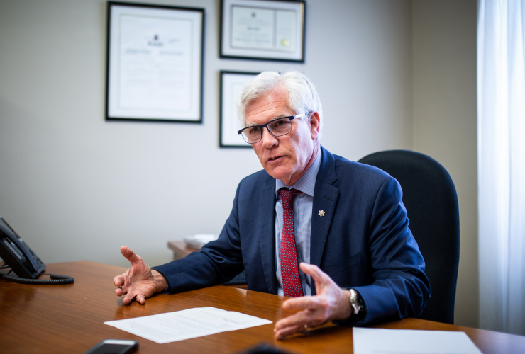 Jim Carr, Natural Resources Canada, Ottawa, Kinder Morgan, Trans Mountain expansion, pipeline