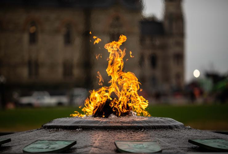 Centennial Flame, natural gas, Ottawa, Parliament Hill, provinces,
