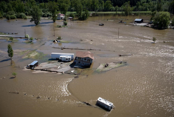home, damaged, floodwaters, Kettle River, Grand Forks,