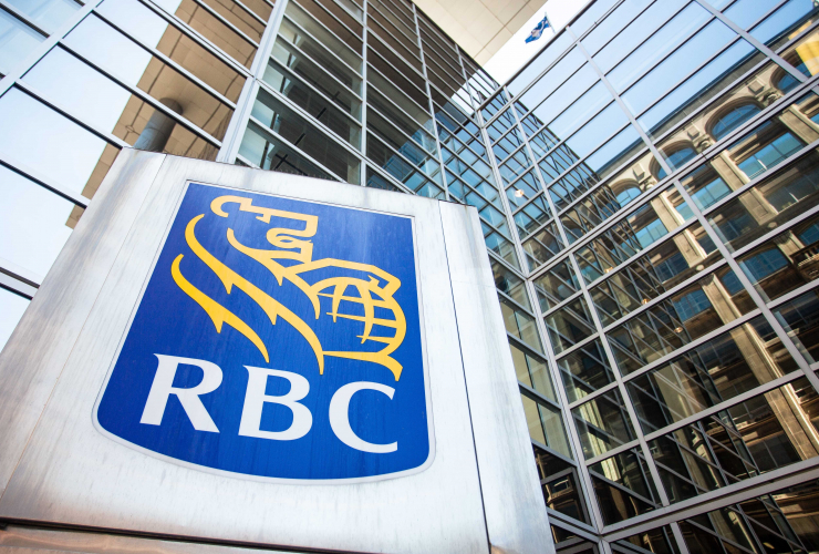 The Royal Bank of Canada bank on Sparks St. Ottawa June 21, 2018. Photo by Alex Tétreaultby