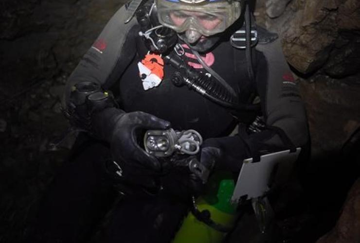 Kathleen Graham, Bisaro Anima, cave, Canada, Fernie,