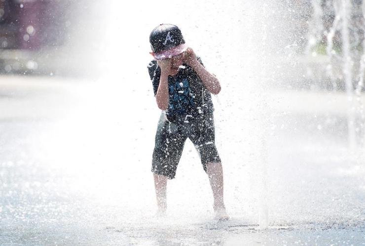 Samuel Bedard, Quebec City, water fountain,