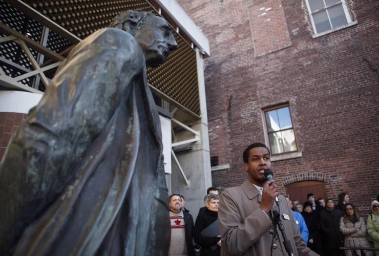 statue, Sir John A. Macdonald, Ismail Mohamed Nur,