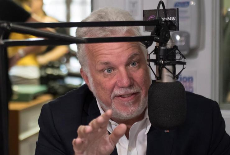 Quebec Liberal Leader Philippe Couillard, radio station, Roberval,
