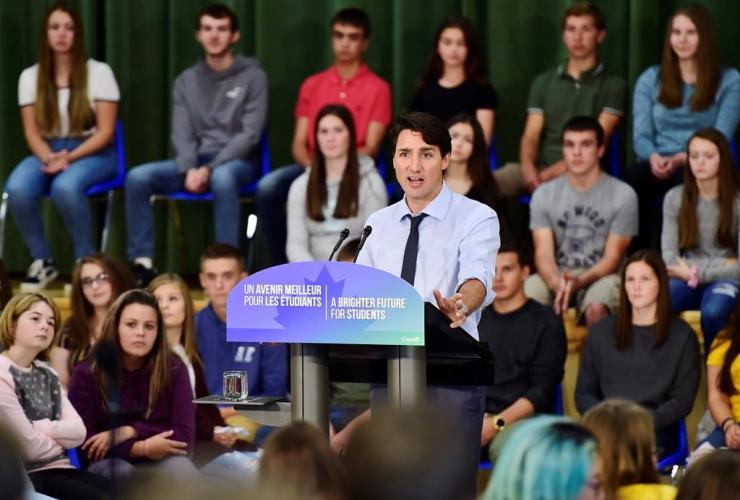 Prime Minister Justin Trudeau, l'ecole secondaire catholique Cite des Jeunes, Kapuskasing,