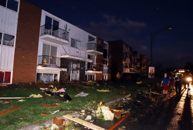 Damaged apartment buildings, tornado, Gatineau, Quebec,