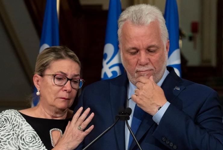 Philippe Couillard, resignation, Suzanne Pilote,