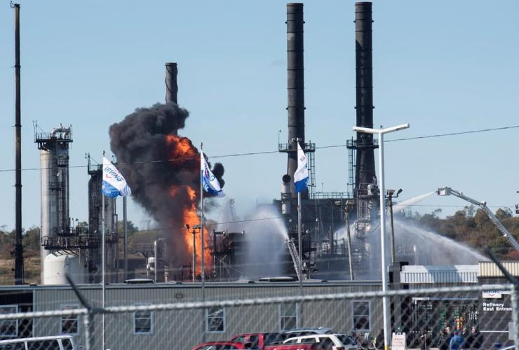 Flame, smoke, Irving Oil refinery, Saint John,