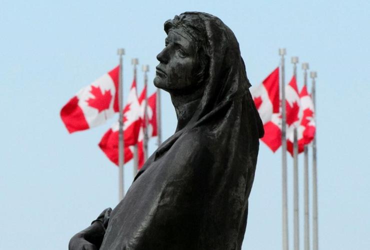 statue, Veritas, Truth, Supreme Court of Canada, Ottawa,