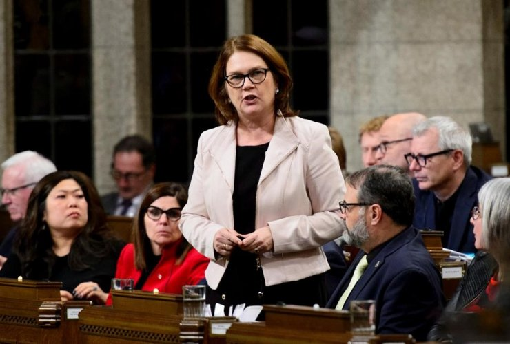 Jane Philpott, Minister of Indigenous Services,