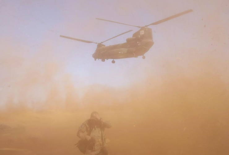 Canadian Armed Forces member, Chinook helicopter, United Nations Multidimensional Integrated Stabilization Mission, Gao, Mali,