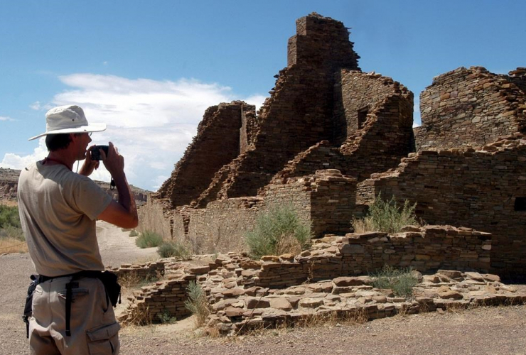 Chris Farthing, Suffolks County, England, Chaco Culture National Historical Park,