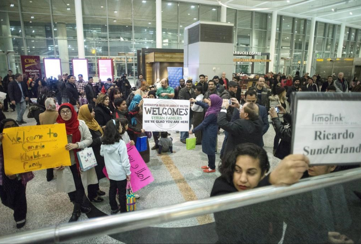 groups, sponsoring, Syrian refugee families, Toronto, Pearson Airport,
