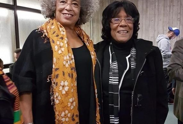 Joan Jones, Angela Davis,