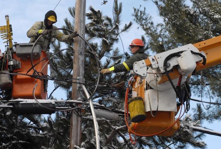 Hydro Quebec, repairing, power lines, St. Lazare,