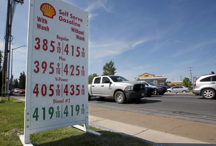 gas prices, Shell station, Sacramento, Calif.,