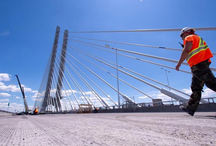 Samuel de Champlain Bridge, Montreal,