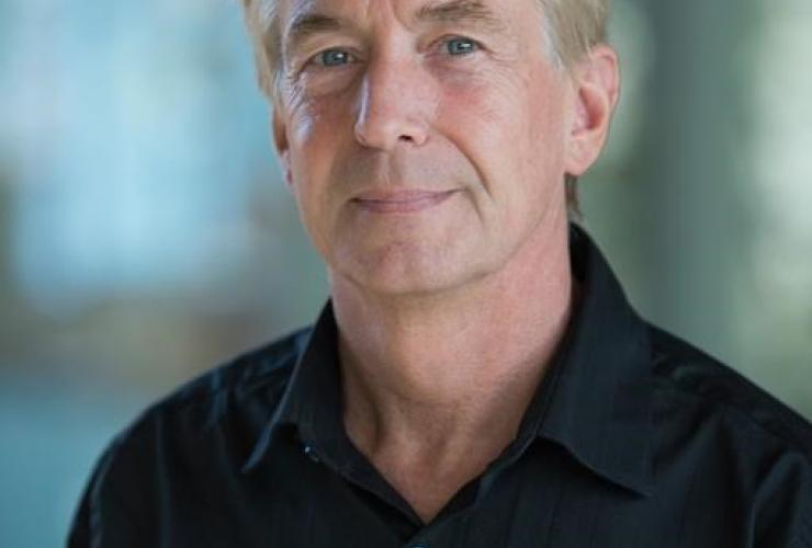 Dr. Peter Winterburn,