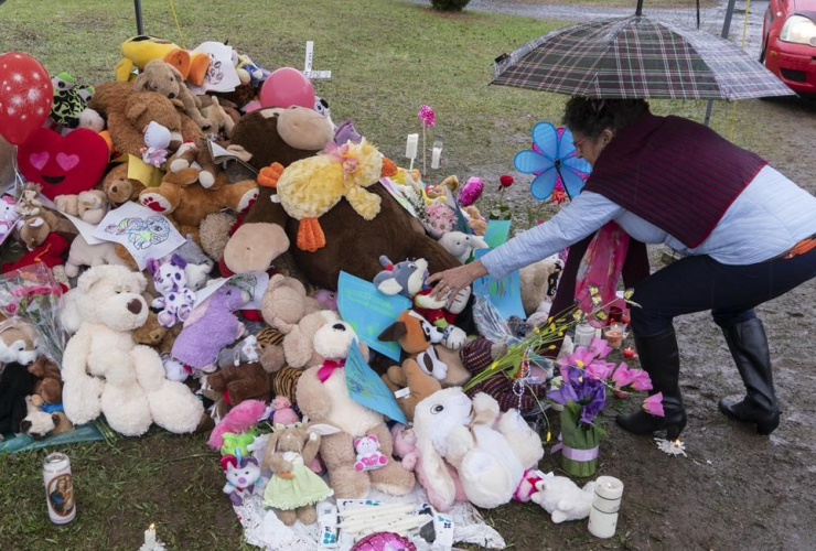 woman, stuffed animal, house, 7-year-old girl, critical condition, Granby,