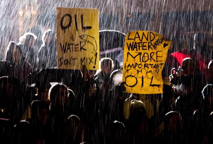 protesters,  demonstrate, Enbridge Northern Gateway Pipeline, Vancouver,