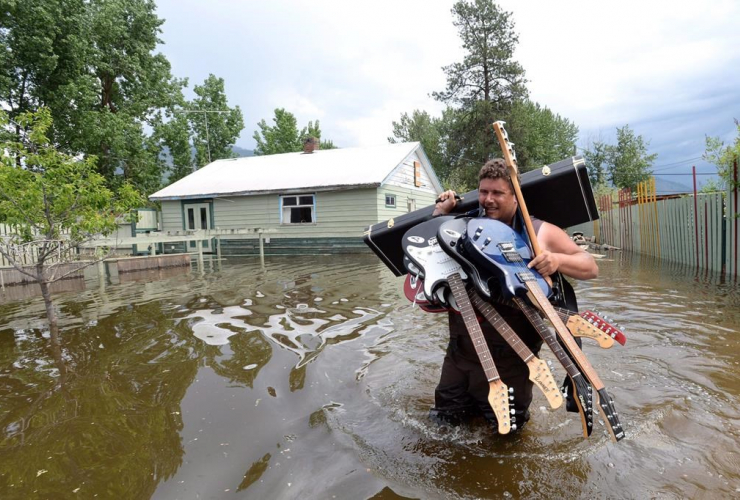 Lars Androsoff, guitars, floodwaters, Grand Forks,