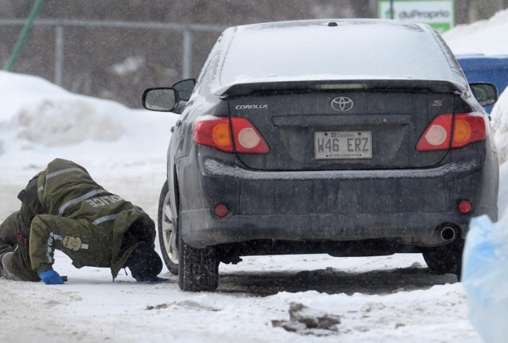 police officer, evidence, car, shooting, Quebec City mosque,