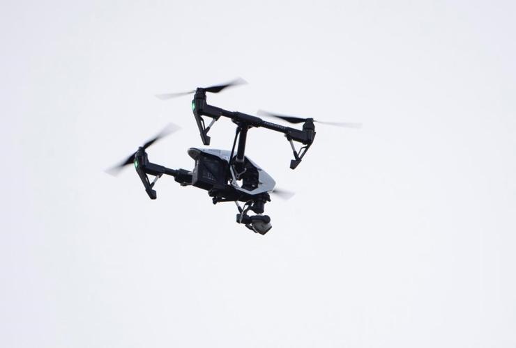 drone, Moreland,