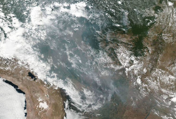 natural-color image, smoke, fires, Brazil, Amazonas, Mato Grosso, Rondônia, NOAA, NASA, Suomi NPP, VIIRS, Visible Infrared Imaging Radiometer Suite,