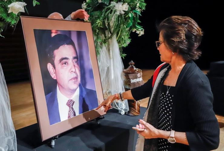 Neena Obhrai, photo, late husband Deepak Obhari, memorial, Calgary,
